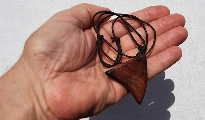 Halsband Anhänger Zwetschke